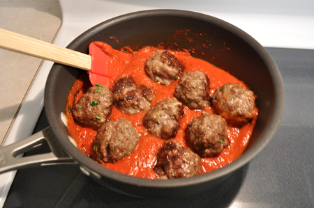 meatballs, marinara, pan